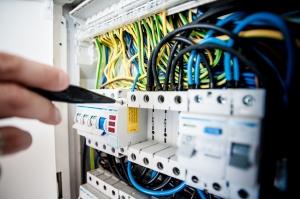 Курс 3-та квалификационна група по електробезопасност